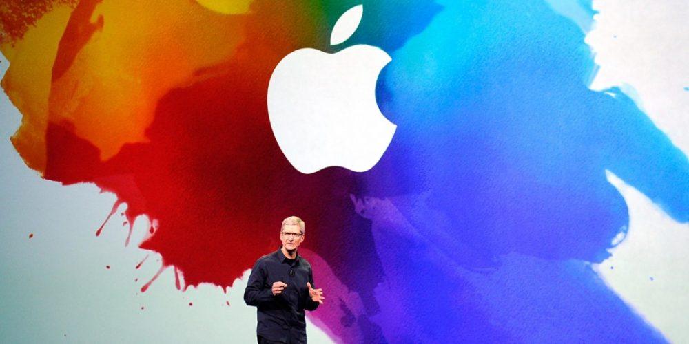 Apple CEO Tim Cook durante la presentazione delle ultime novità Apple